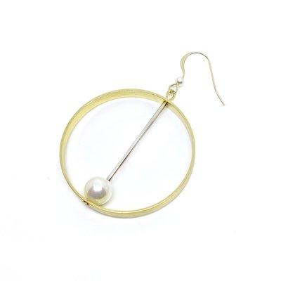 Asymmetrical earring — designer shop, hongkong, gift