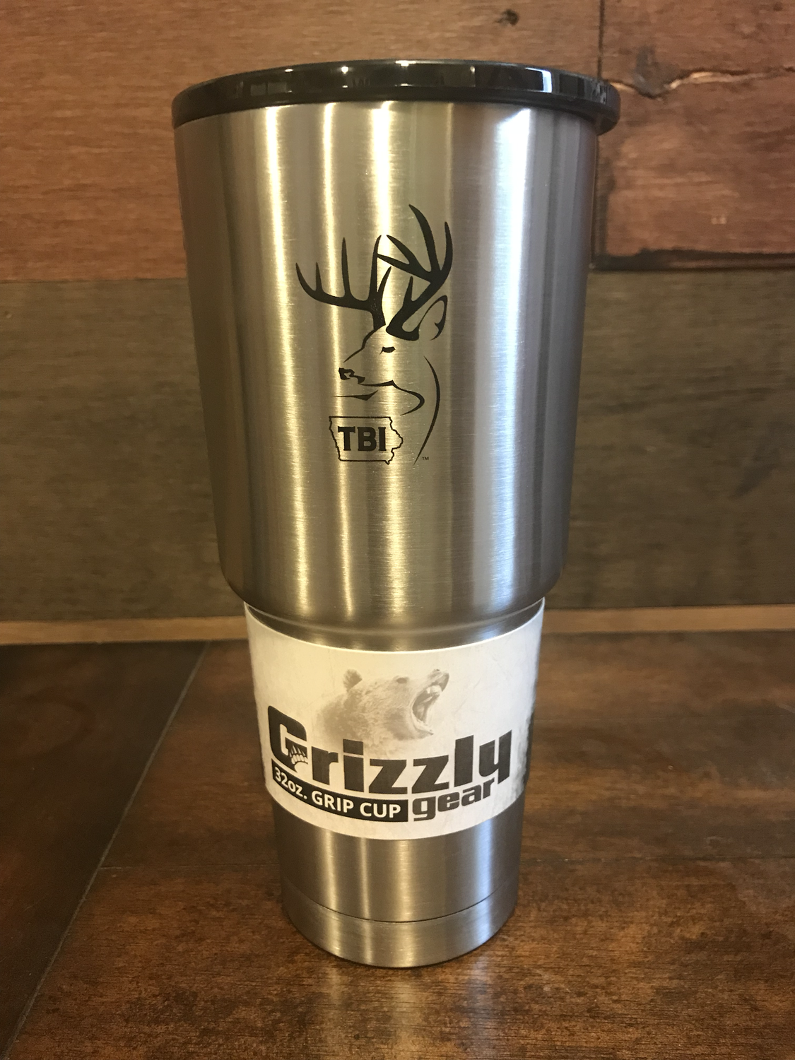 Stainless/Black TBI 32 oz Grizzly Grip