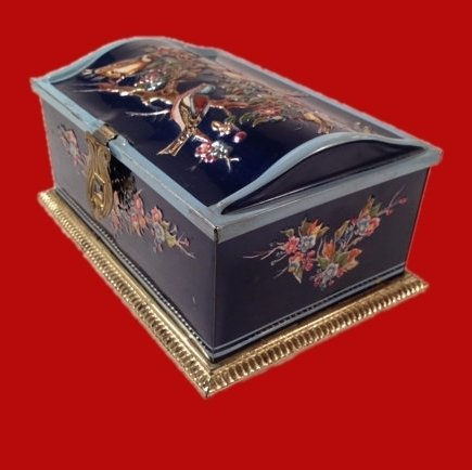 20% OFF - Linette Tin Box Treasure Chest Shaped Western Germany 00041