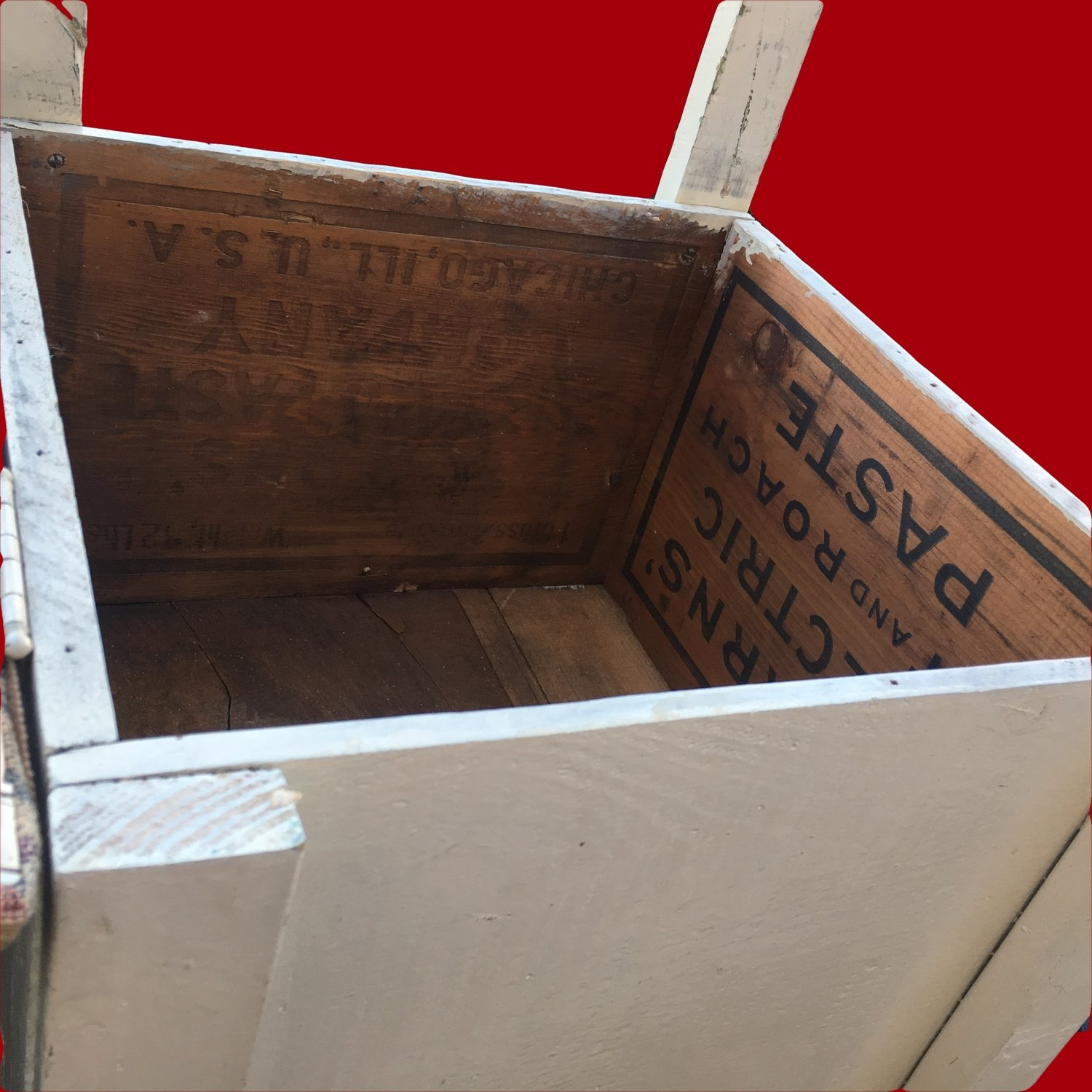 Storage Chair Made From Electric Roach Paste Crate