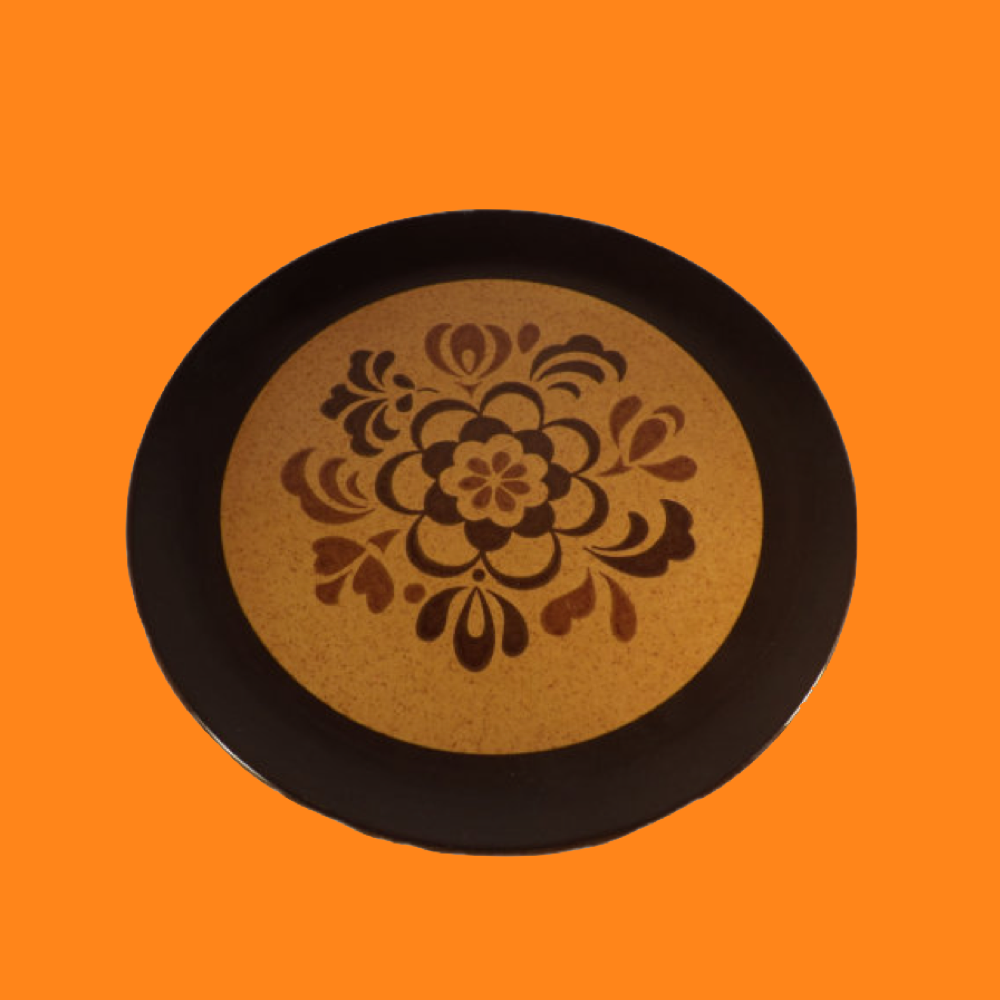 brown and gold chop plate