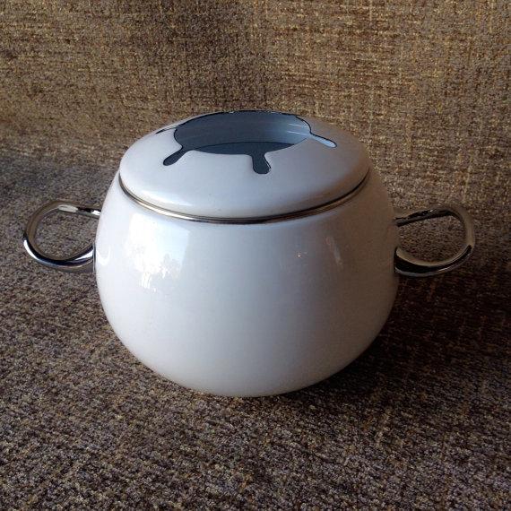 20% OFF - Fondue Pot White Enamel Pot Only No Burner or Skewers