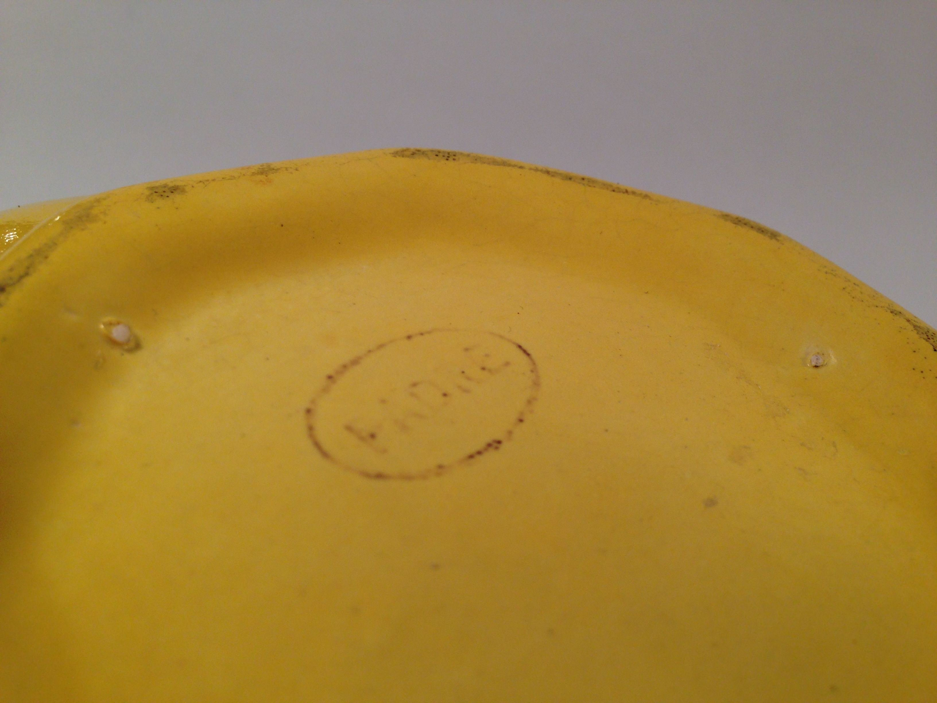Padre stamp on bowl