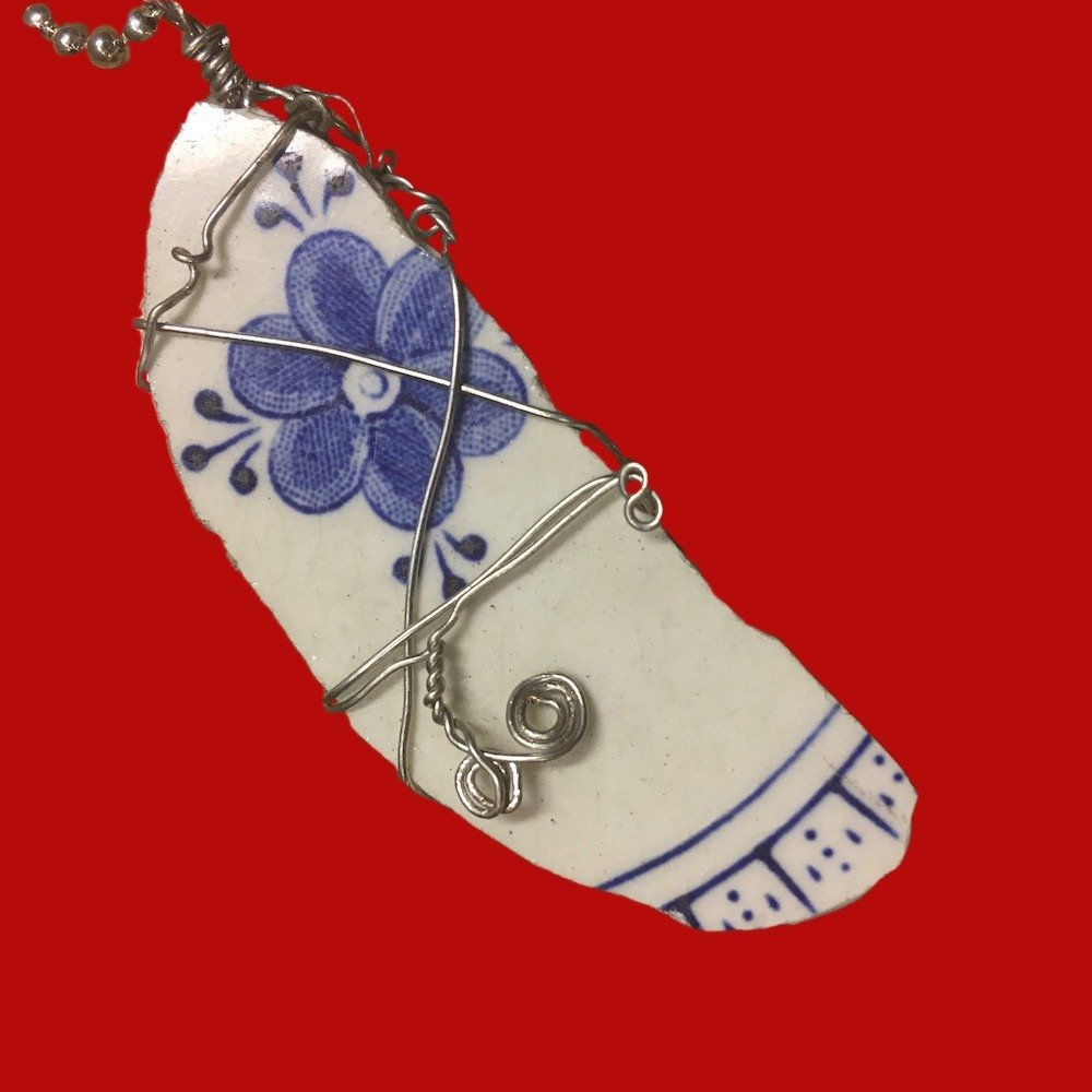 Broken China Wire Wrapped Pendant Myott Finlandia Handmade 00629