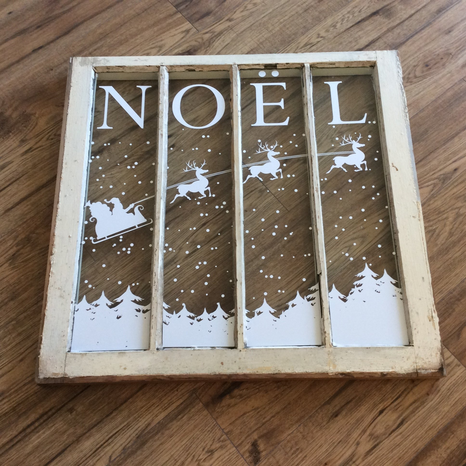 Noel - decal only 5002