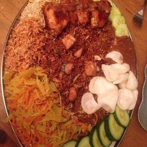 Tjau Fan kip (Surinaamse nasi), 2kg. (5 pers.)