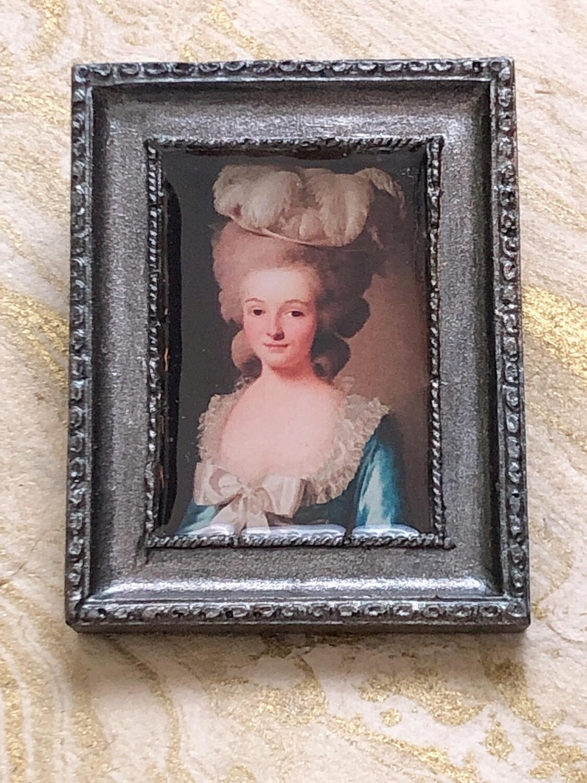 frame brooch (french lady)