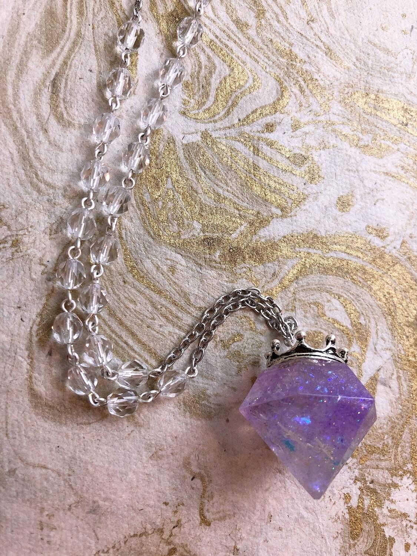 crowned jewel necklace (twinkle twinkle)