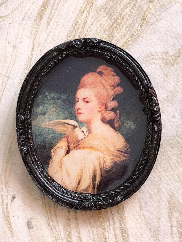 frame brooch (mrs. nesbitt)