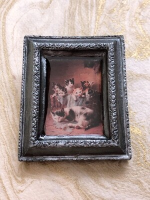 frame brooch (mother and kittens)