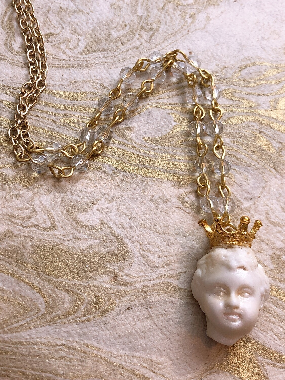 doll parts necklace (crown prince)