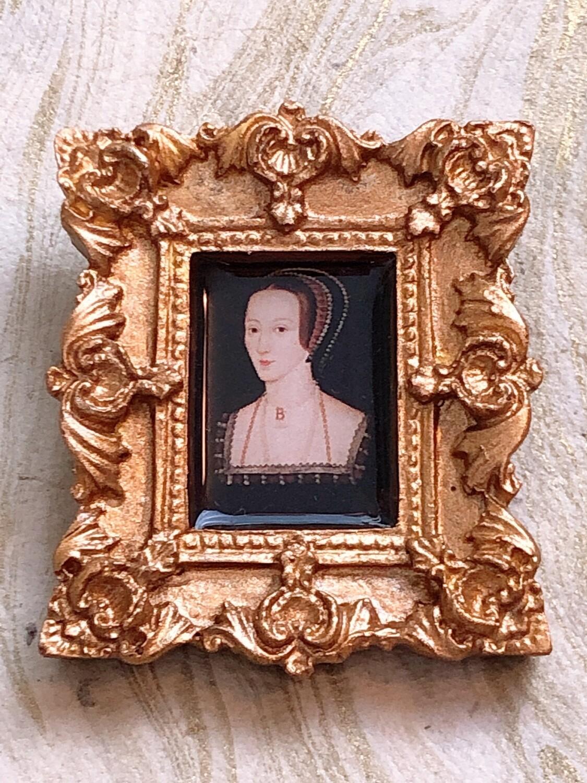 frame brooch (anne)