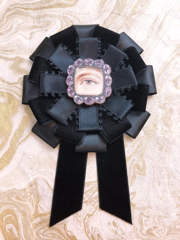 lover's eye rosette (bijoux)