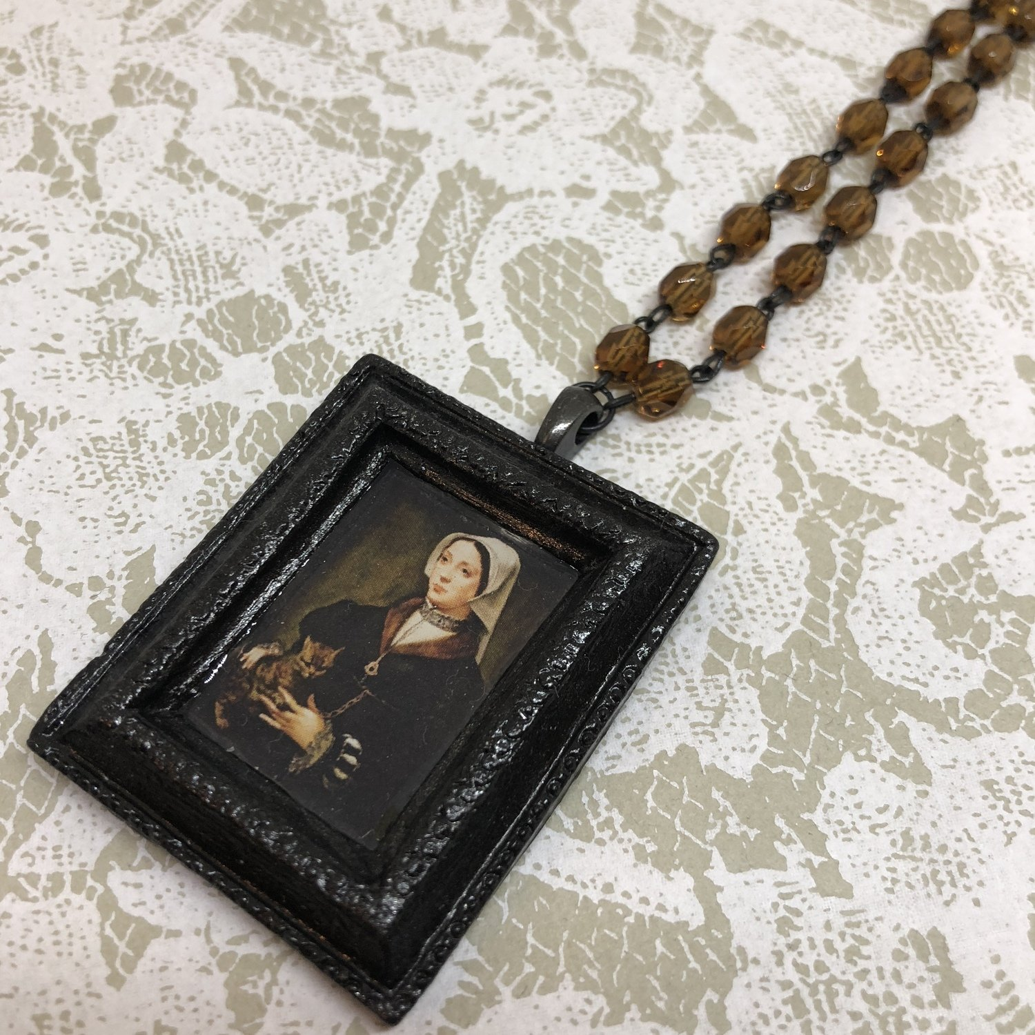 portrait frame necklace (cat lady)
