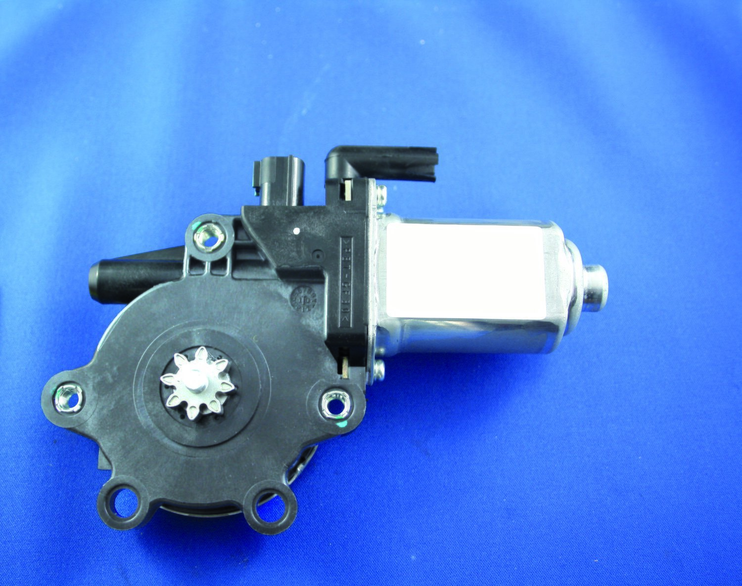New Genuine Window Motor suits Holden Rodeo (RA).