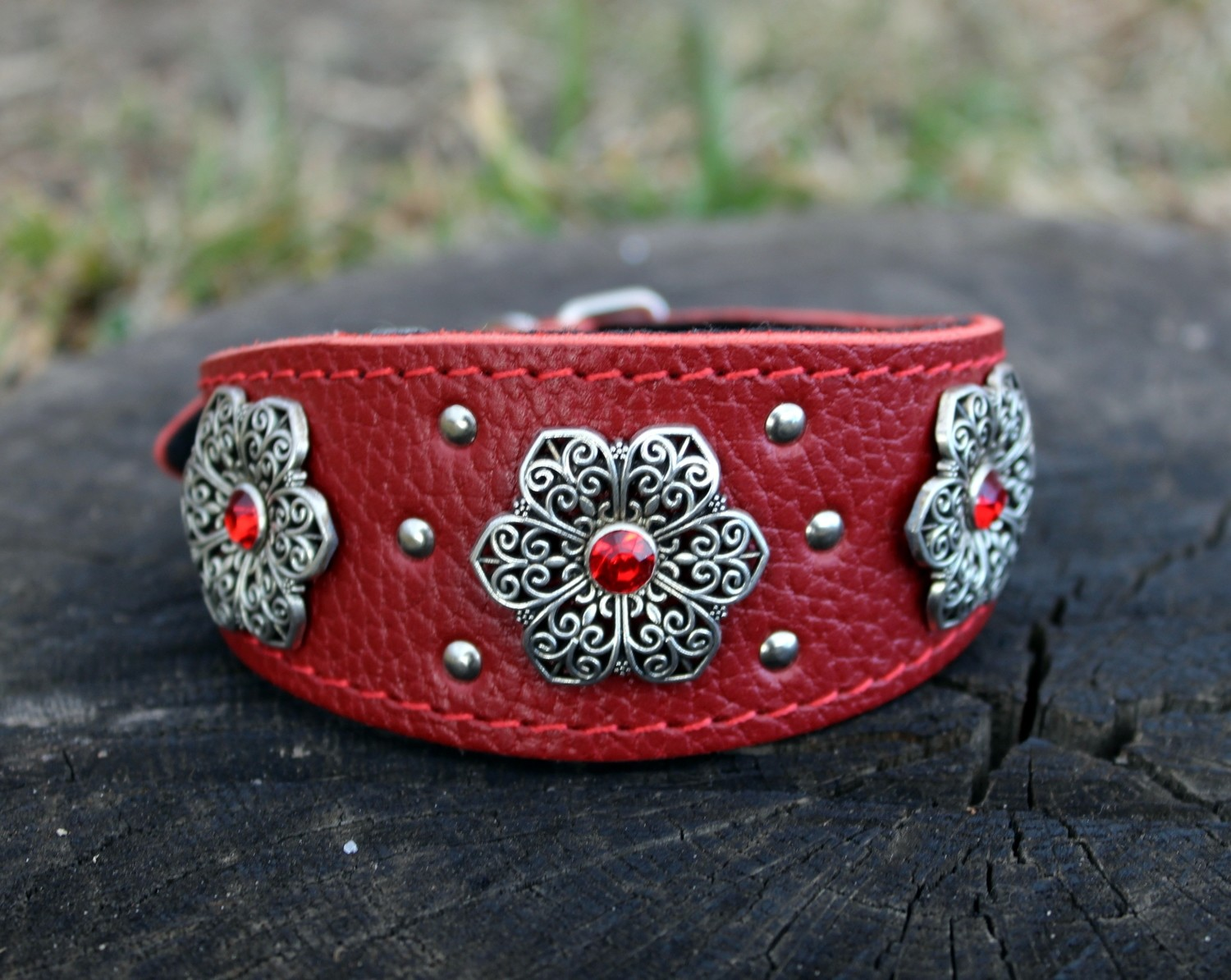 "Collar ""Country style"" red 24-28 cm"