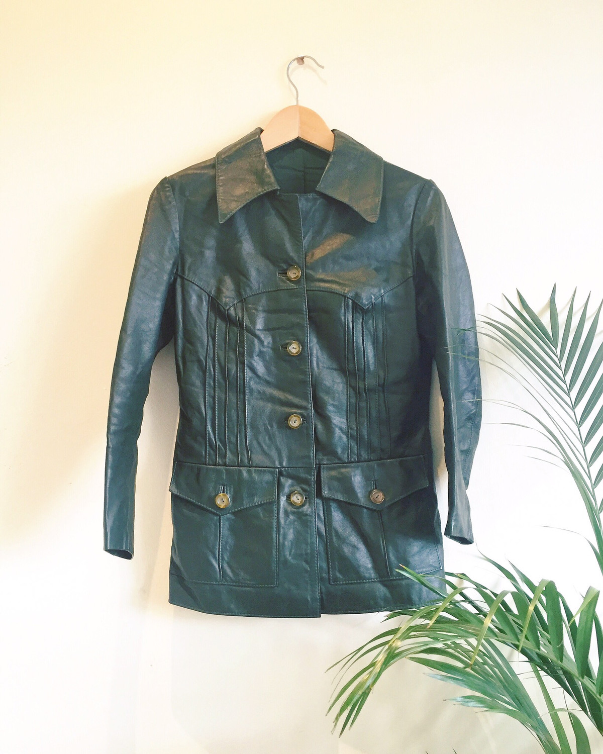 VINTAGE 1970S DARK GREEN FAUX LEATHER JACKET