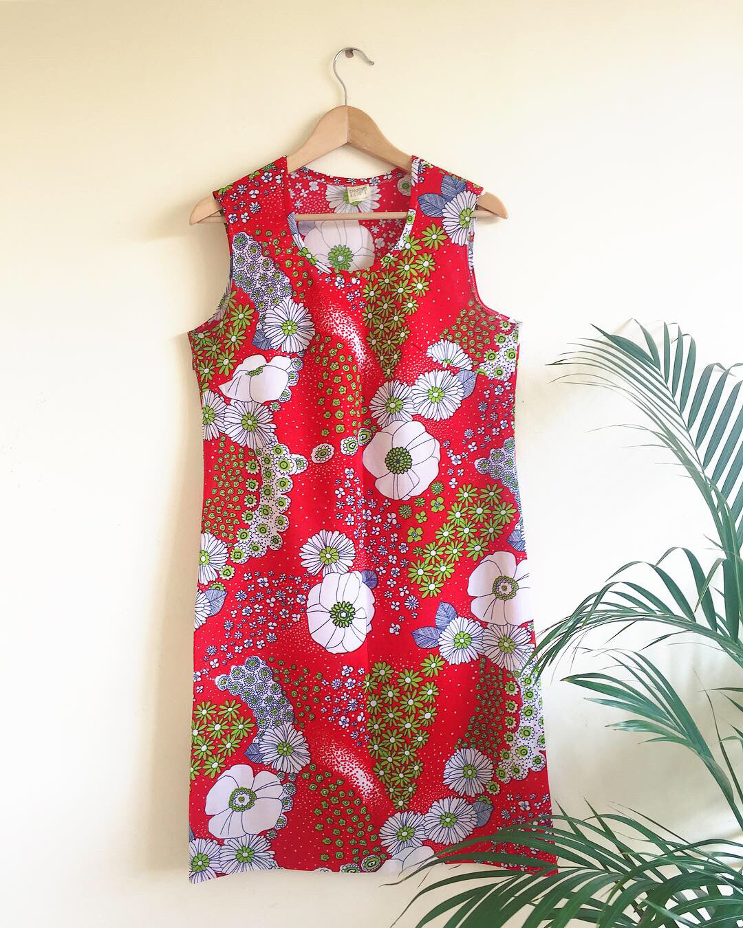 VINTAGE 1960S FLORAL PRINT SHIFT DRESS