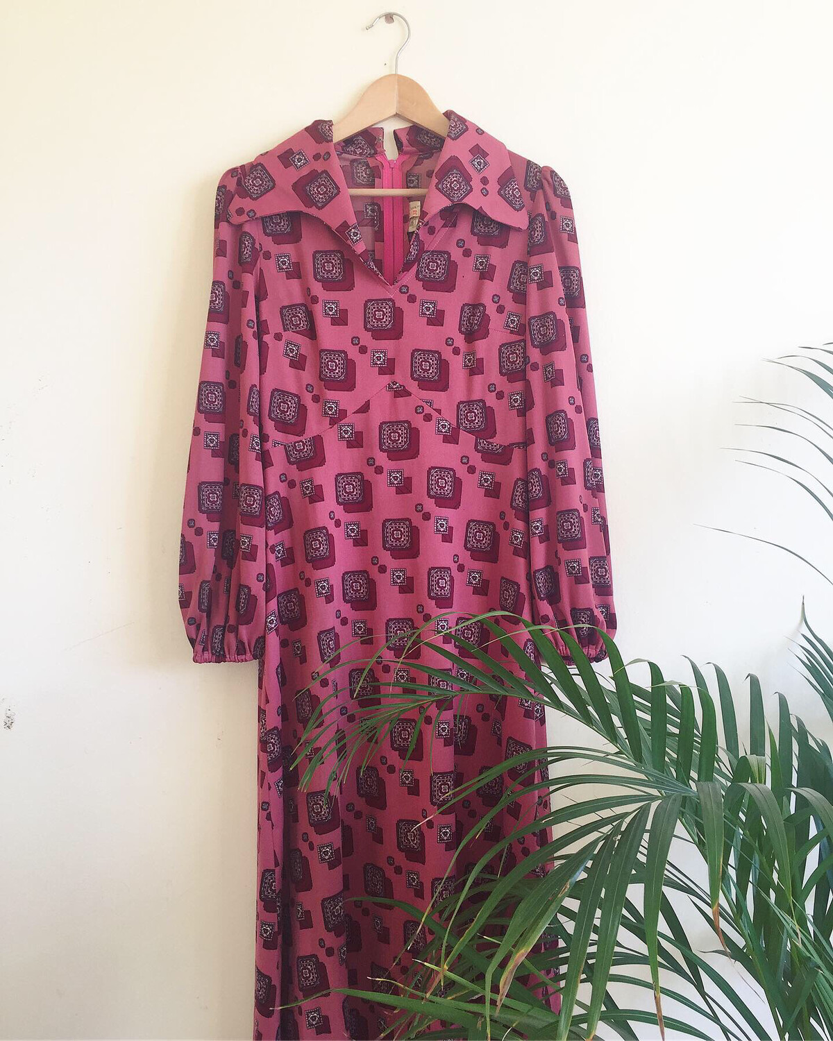 VINTAGE 1960S PINK MOROCCAN TILE PRINT MAXI