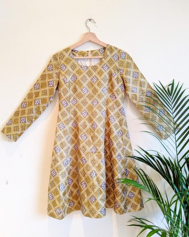 VINTAGE 1960S HANDMADE SATIN SHIFT MINI DRESS