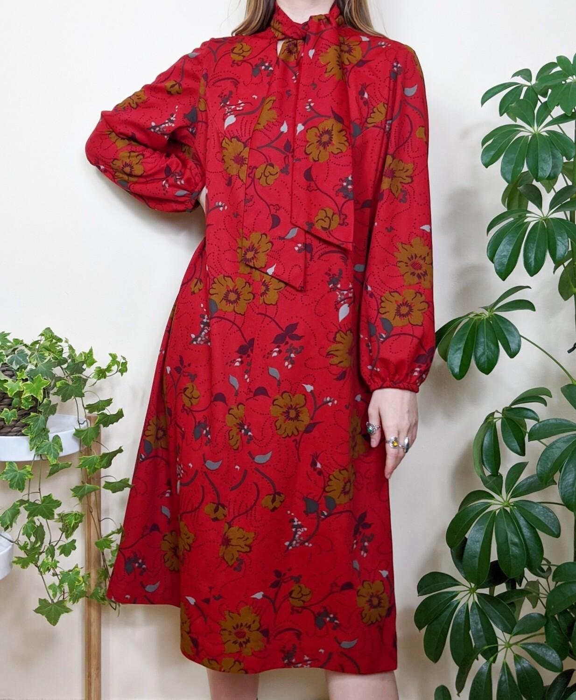VINTAGE PUSSYBOW FLORAL DRESS