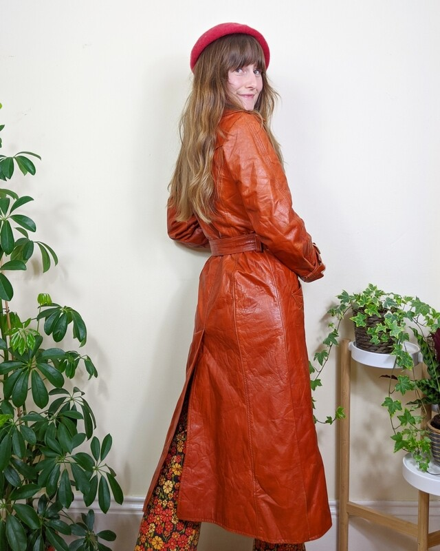 VINTAGE 1970S BURNT ORANGE LEATHER TRENTCH COAT