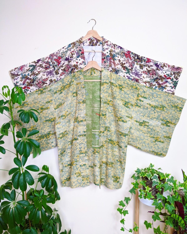 VINTAGE GREEN JAPANESE KIMONO ROBE
