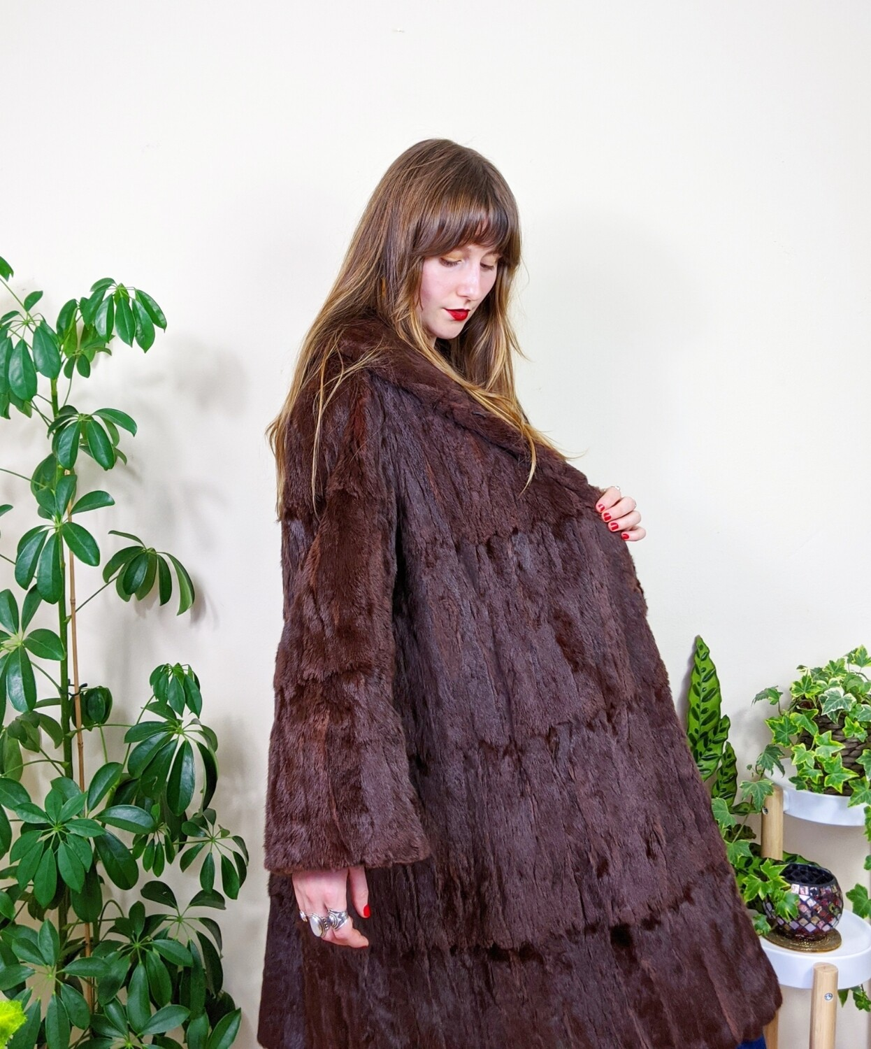 VINTAGE 1970S BROWN FUR COAT