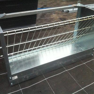 ophangbare hooiruif met voerbak 1 meter 00289