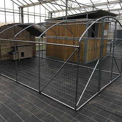 Kader / frame   6 x 3.5 x 2 m met DRAAD EN NET 00437