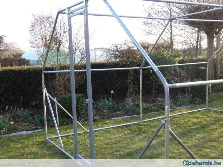 Kippenren / volière 6 x 3 x 2 m plat dak  incl draad en zeil