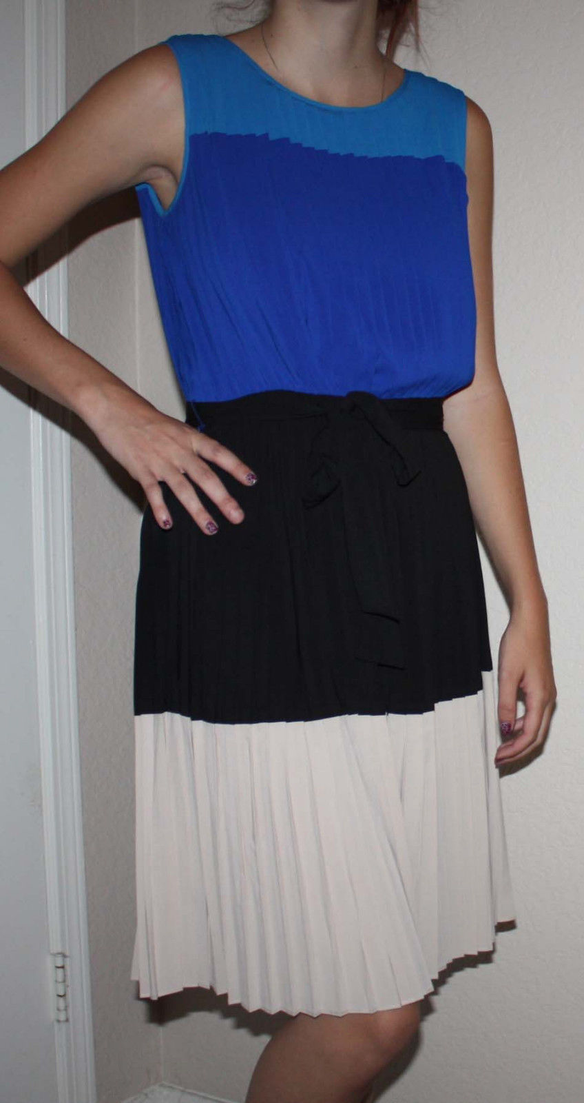 Calvin Klein Women's Blues, Black & Beige Pleated Belted Dress Sz 2