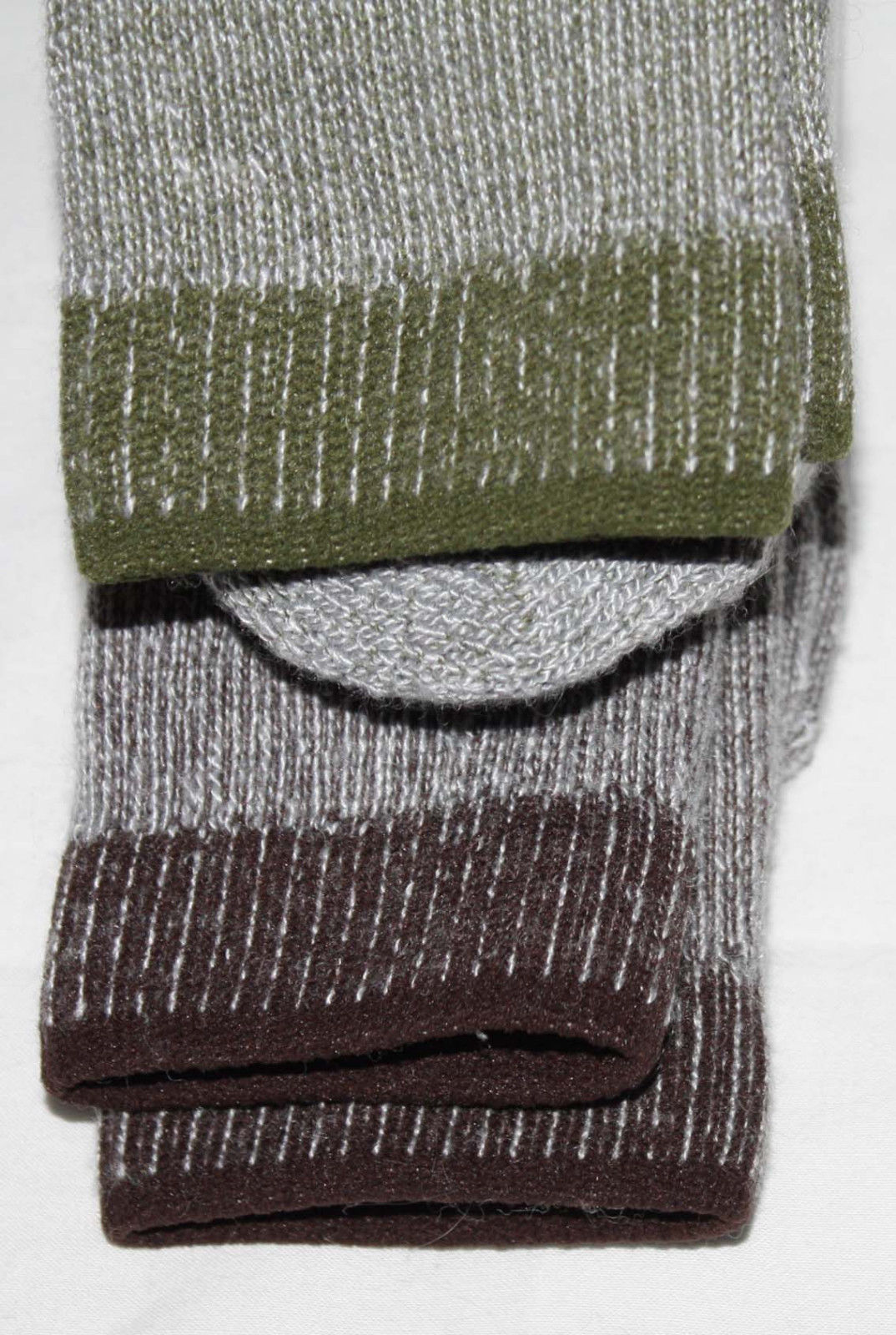 brown & olive socks edge