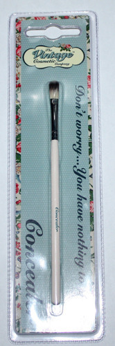 The Vintage Cosmetic Company Concealer Brush 05649
