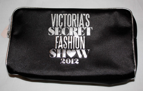 Victoria's Secret FASHION SHOW 2012 Makeup Brushes & Cosmetic Bag 02532