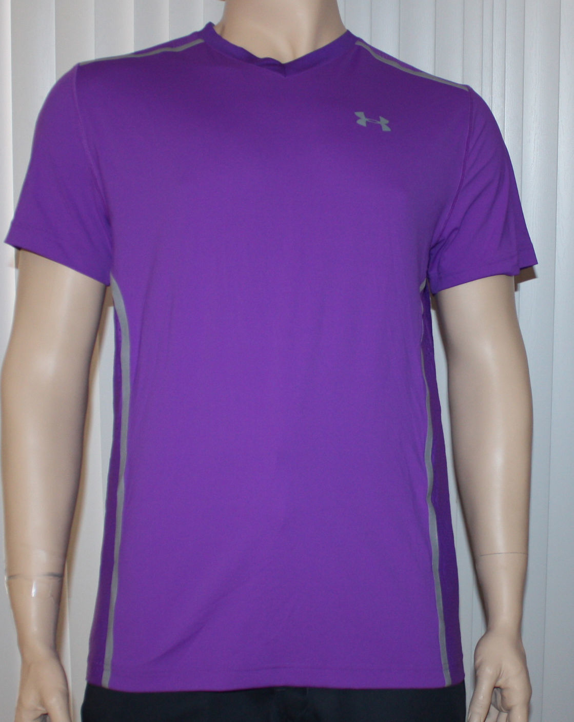 Under Armour VENT UA HeatGear Men's Purple Pride Fitted Shirt -Large 09872