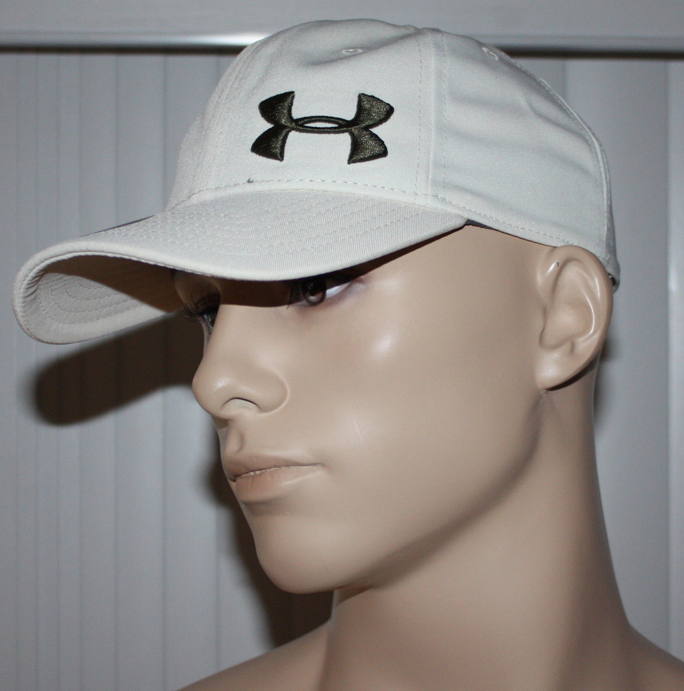 Under Armour Heatgear Men's Adjustable Hat -Cream 10939