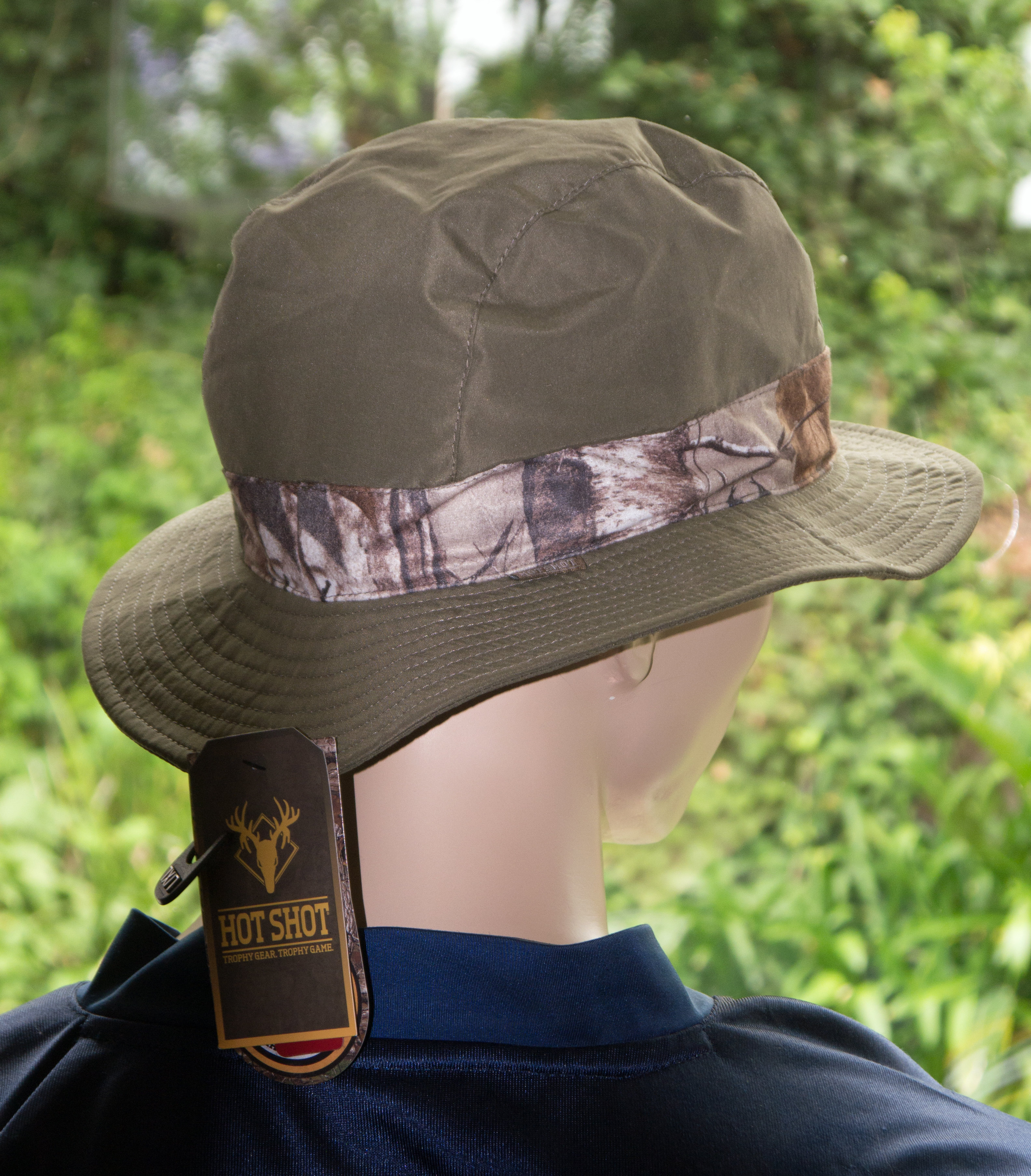 Hot Shot Men's Dark Green/RealTree Xtra Camo Bucket Hat  (L/XL)