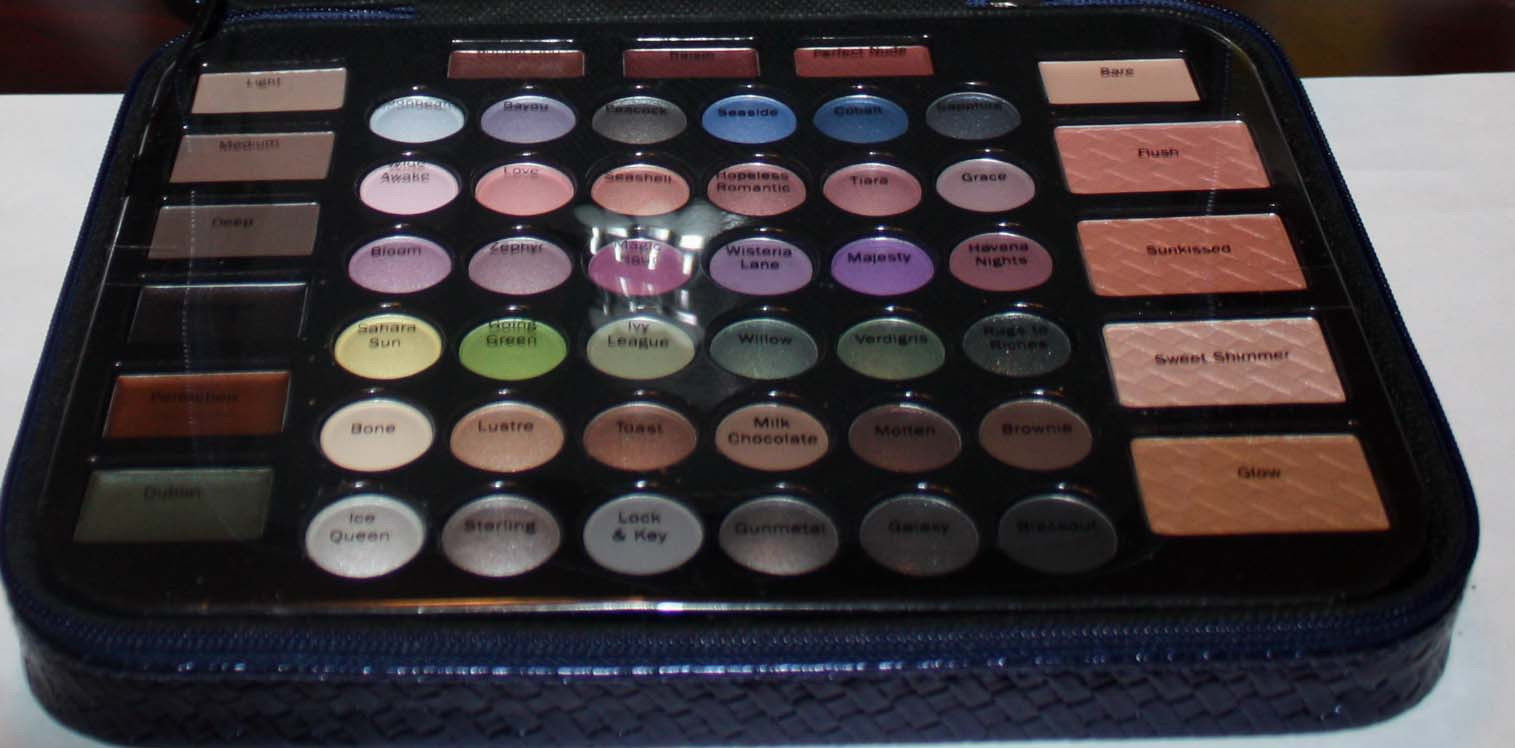 makeup palette from lower compartment