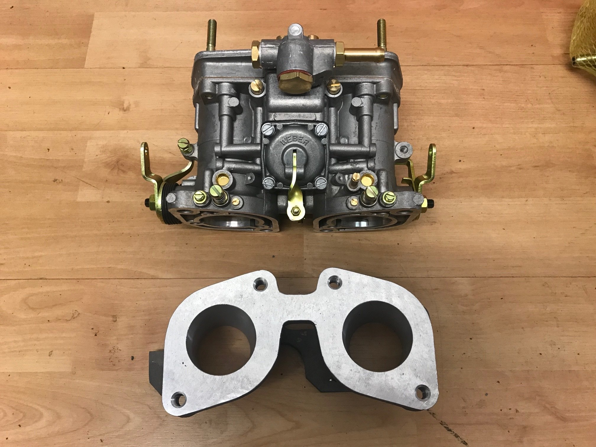 Jaguar 5.3 V12 Weber IDF carburettor and manifold kit