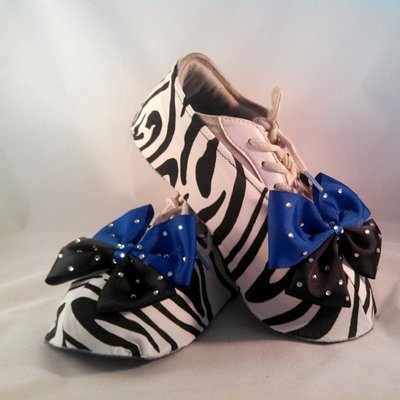 Zebra Shouter Wear Cheer Shoe Covers