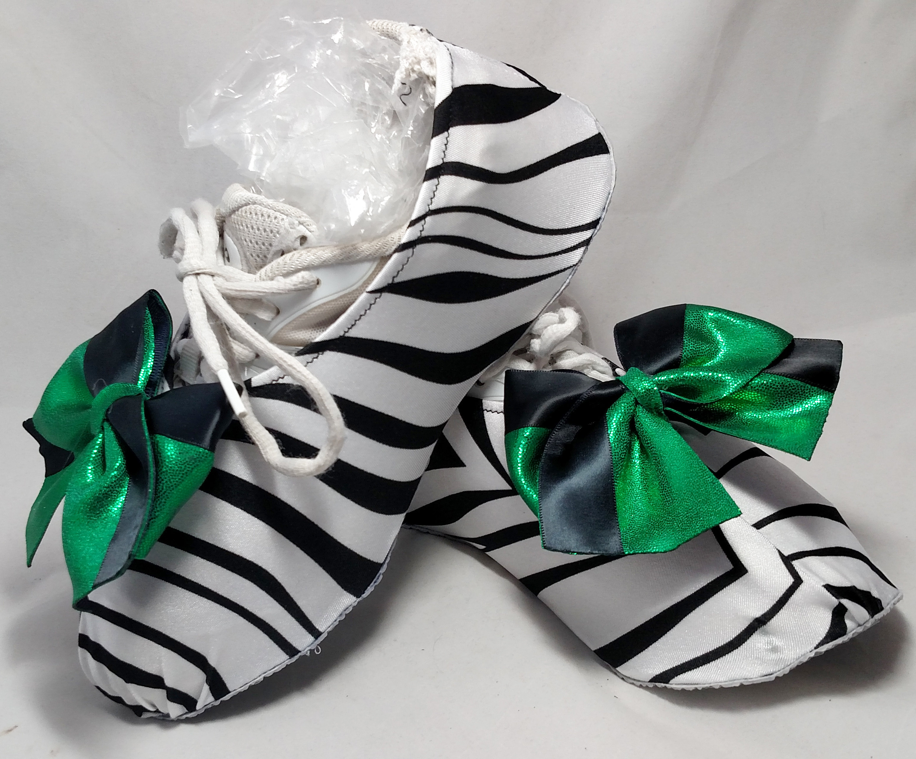 Zebra w/Green & Black