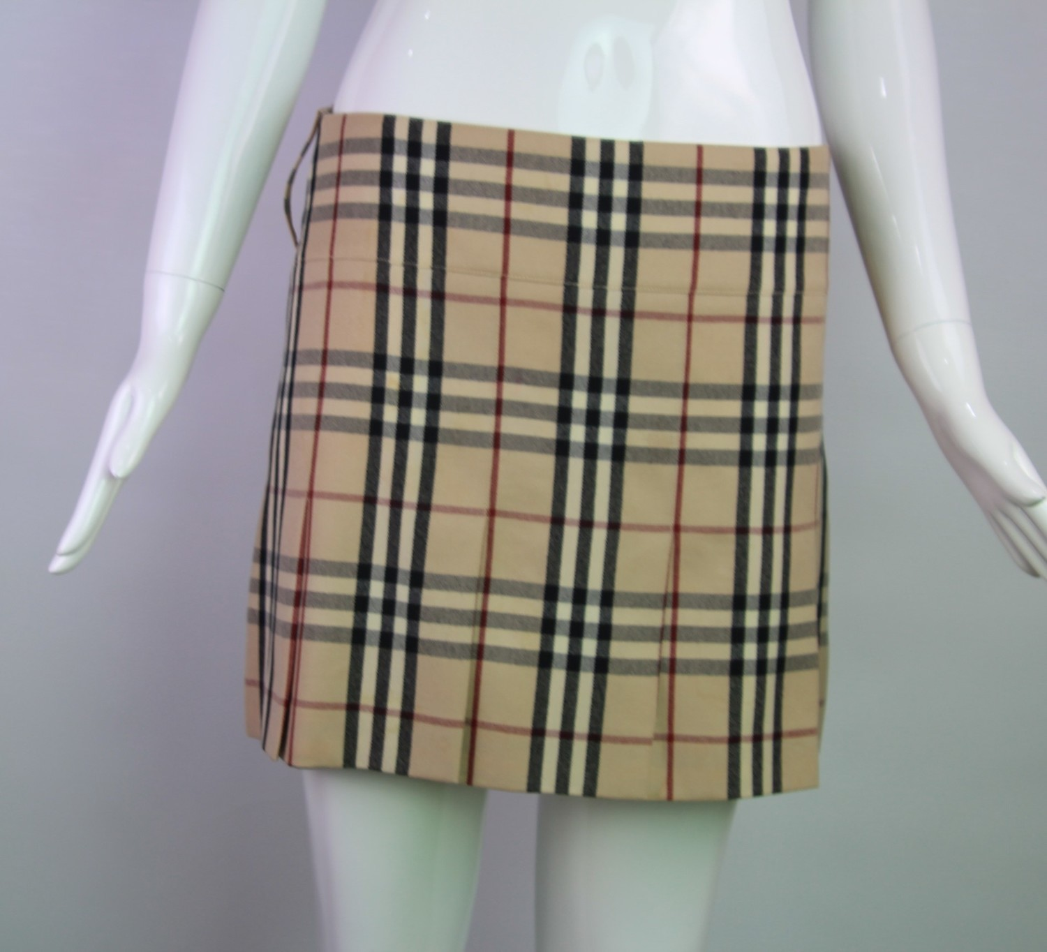 Burberry, 6 (sold)