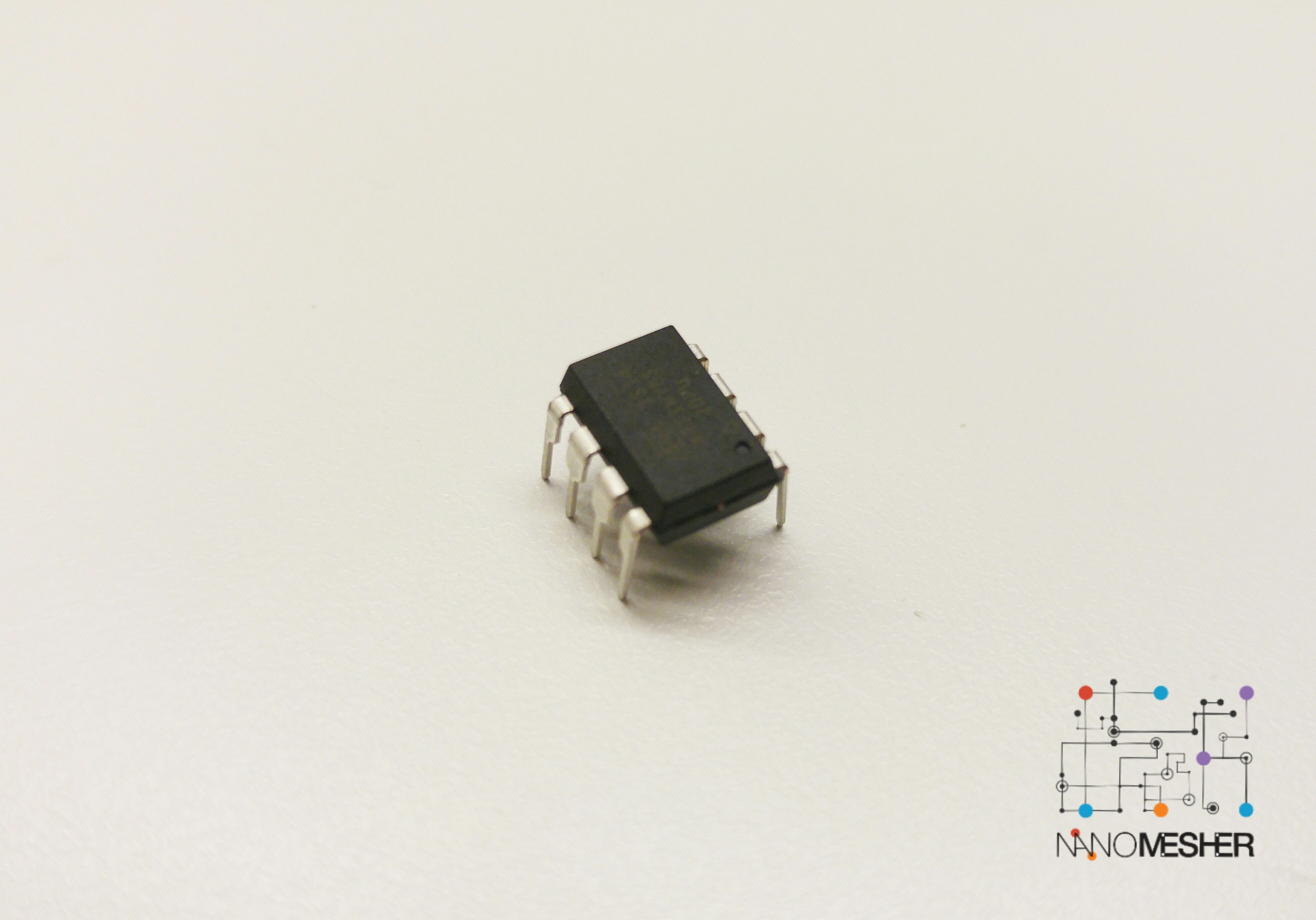 Attiny85 Microcontroller - DIP-8 Package ATT85