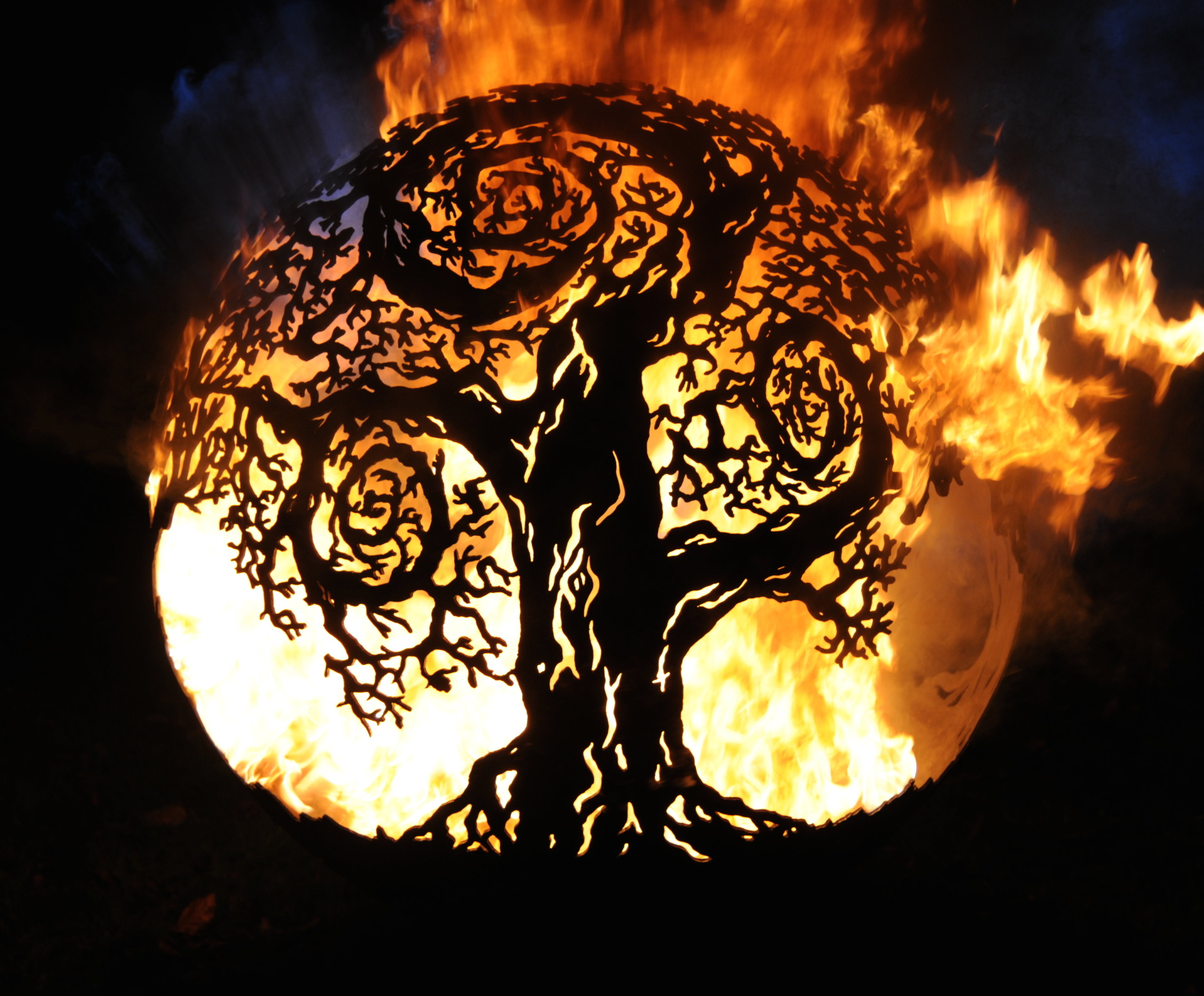 650mm Twisted Tree Firepit 650TwistedOL