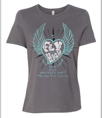 Feet Don't Touch The Ground (Heart/Wings) (Womens)