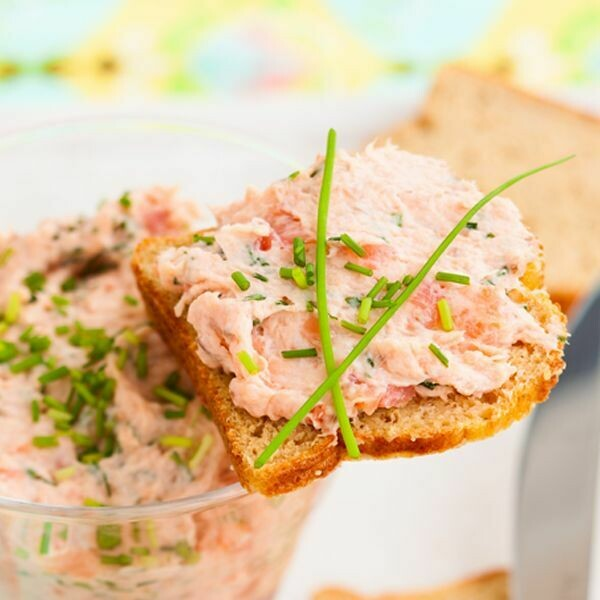 """Truffle Infused Hot sMoked """"Kippered"""" Salmon Spread"""