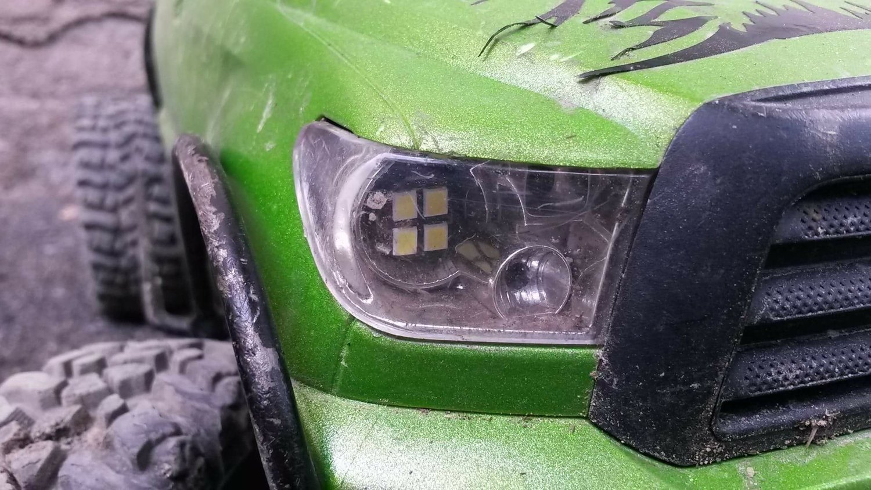 Tamiya™ Toyota™ Tundra™ headlights
