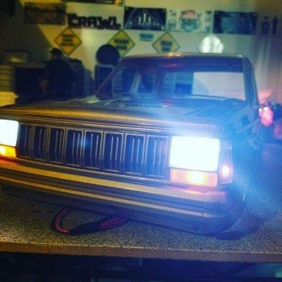 Hardboby XJ O.E.M light kit