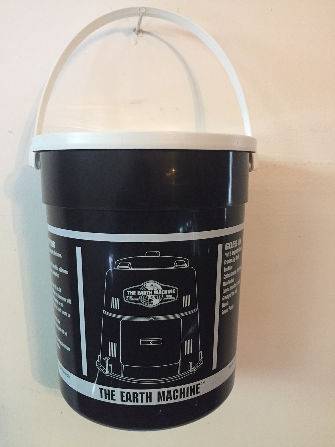 Recycled Black Kitchen Pail with Lid